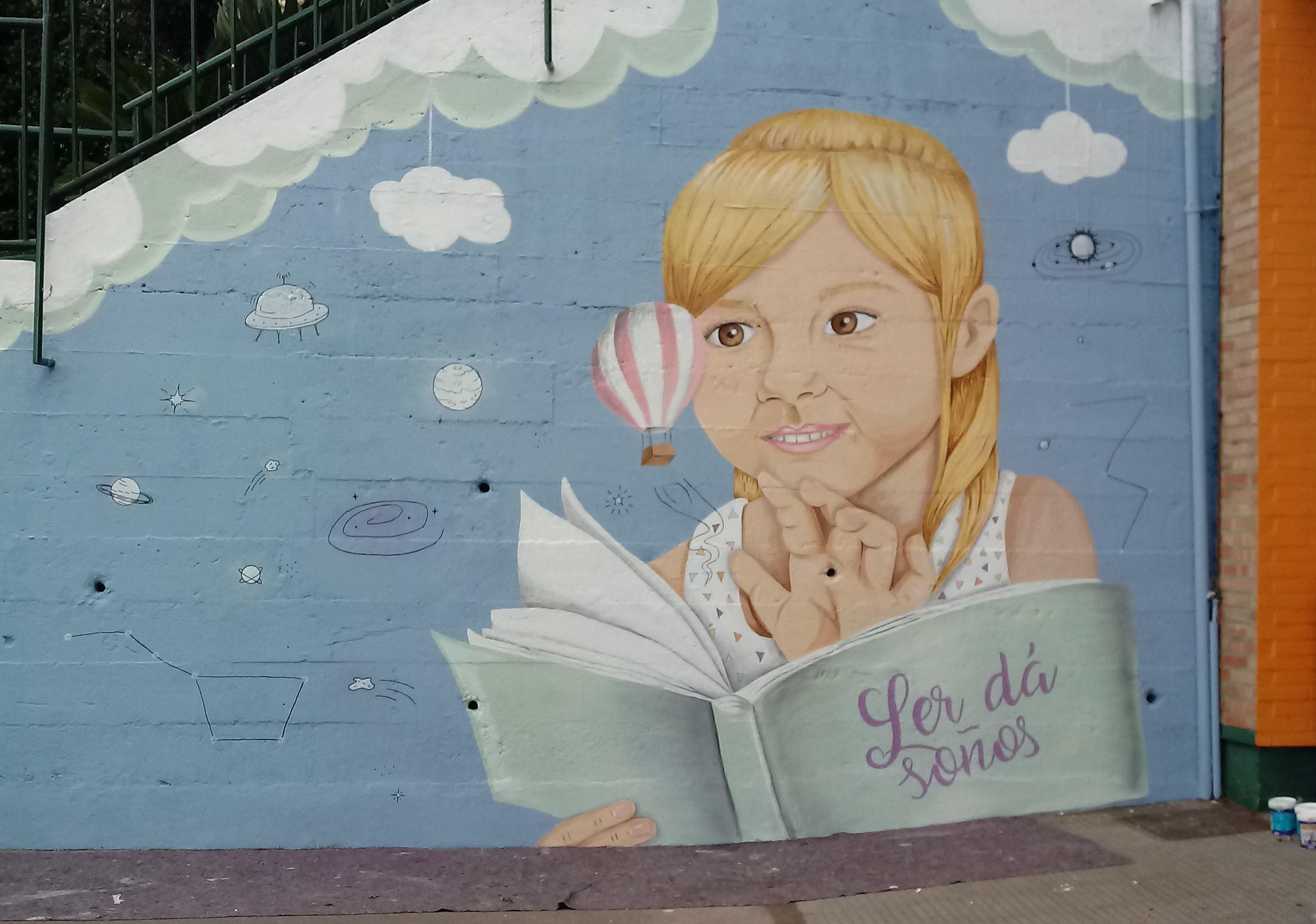 Mural Eva Casais en Vigo